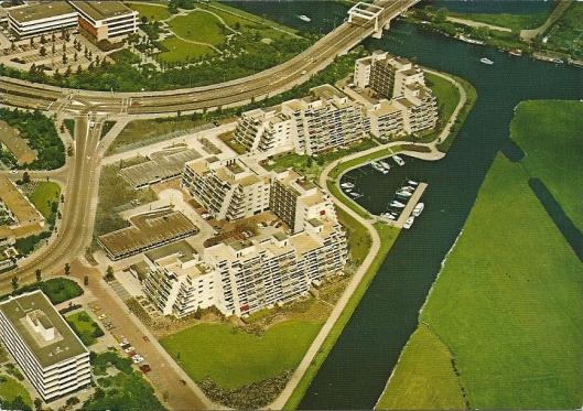 Panorama Spaarneborch met boven het Spaarne en aftakking Heemsteeds kanaal, richting de oude haven