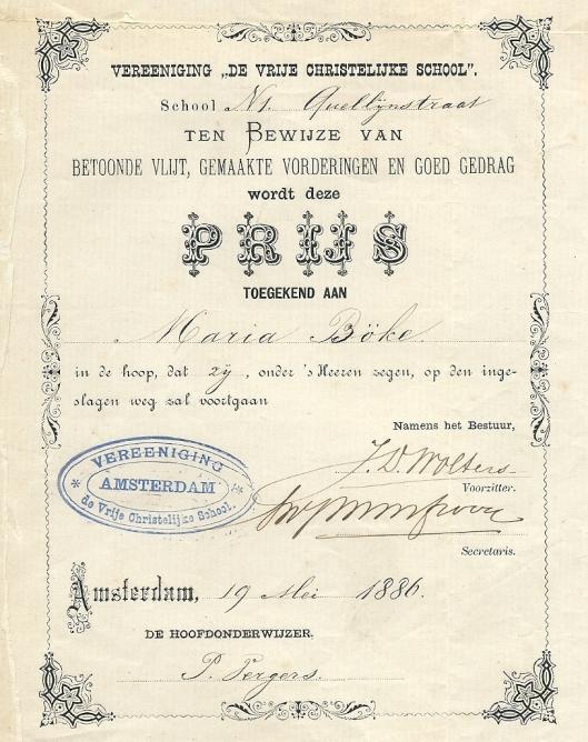 Prijsboek voor Maria Böke uit 1886 ondertekend door hoofdonderwijhzer P (ieter) Vergers van de Vrije Christelijke School in de Quellijnstraat te Amterdam