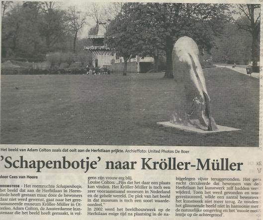 Het niet gewenste beeld van Adam Colton. Bericht uit het Haarlems Dagblad van 20 augustus 2004