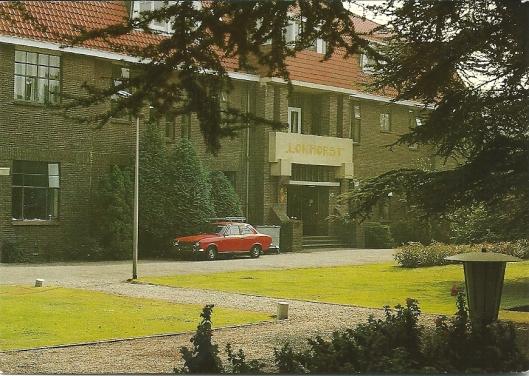 Psychiatrische inrichting 'Vogelenzang' met paviljoen Lokhorst