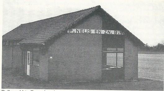 Voormalige bollenschuur van Piet Nelis en Zn., tegenover stichting de Geestgronden in Bennebroek