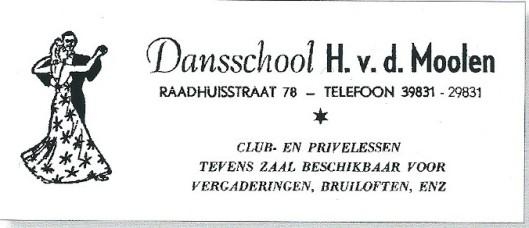 Adv. van Dansschool H.van de Moolen. Mevrouw Bep van de Moolen heeft vanaf 1948 tot 1988 les gegeven in Heemstede. Eerst in de Raadhuisstraat en vanad 1955 in haar studio aan de Koediefslaan 27, maar ook in omliggende plaatsen