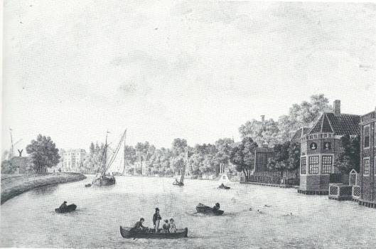 Tekening uit circa 1805 van F.A.Milatz met Spaarneprofiel. Helemaal rechts is ten dele Lusenburg zichtbaar, dan de uitstekende koepelkamer Rustenburg en daarnaast het buiten Zorgvrij, later - in 1821 - door Johannes Samuel Wurfbain aangekocht, die met zijn familie vooraan in een roeiboot is afgebeeld (N.H.A.)