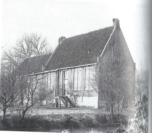 Het jachthuis de Koekoek nabij Koekoeksduin (Achter Koekoek tussen Aerdenhout en Vogelenzang) is vanaf 1648 gebruikt als schuilkerk voor katholieken uit de wijde omgeving. Het tongewelfje op zolder is daarvan nog een stille getuige (NHA)