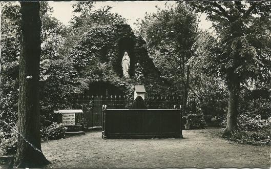 Lourdesgrot Sint Luciaklooster, Bennebroek