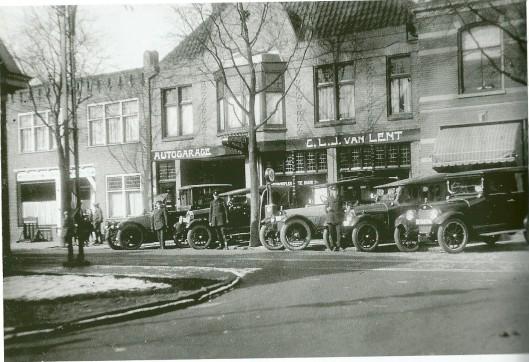 In 1916 werd Van Lent de eerste officiële dealer van General Motors in Nederland