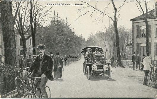 Ansichtkaart uit 1910 van een ANWB tour Hillegom-Bennebroek