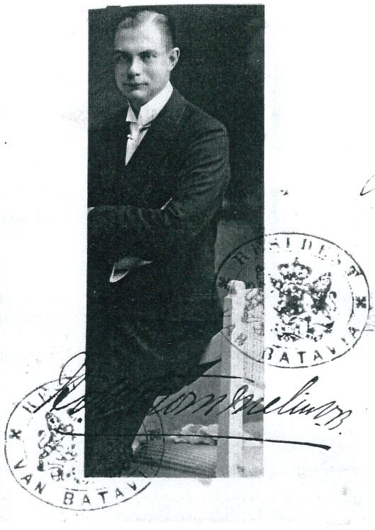 Hendrik van Wickevoort Crommelin (1889-1939_ op paspoort uit 1916