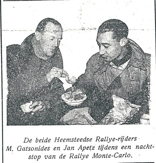 De beide Heemsteese rallye-rijders bam Monte Carlo Jan Apetz (links) en Maus Gatsonides in Monaco. Uit: Nieuwsblad Heemstede, 17-2-1950.