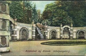 Oude prentbriekaart van de schelpengalerij Rosendaal nabij Arnhem