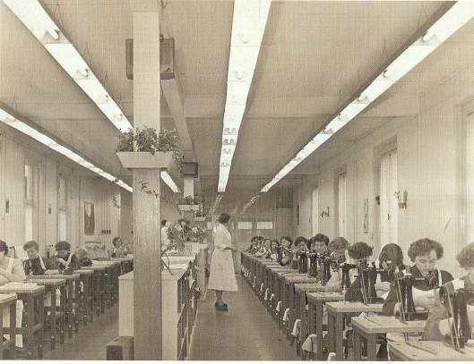 Op een zeker moment werkten er 150 tot 200 mensen in het bedrijf van Laimböck aan de Herenweg in Heemstede