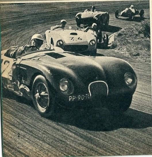 In 1953 deed het Beels Racing Team buiten mededinging mee aan de nationale sportwagenraces te Zandvoort. De kleine Coopers stoven de meeste grotere sportwagens voorbij.