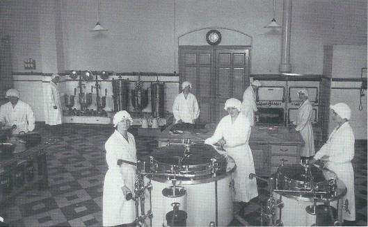 In 1931 is de keuken van de Mariastichting gemoderniseerd naar de nieuwe eisen van de tijd