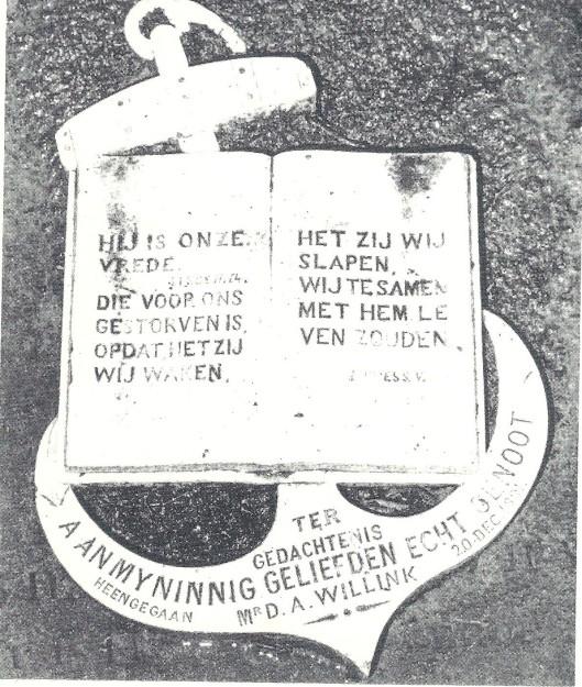 Grafsteen van David Aarnoud Willink, 47 jaar oud overleden, in grafkelder Nutges en Willink in Bennebroek