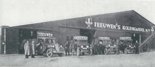 Teeuwen's Kolenhandel aan de haven van Heemstede in 1937