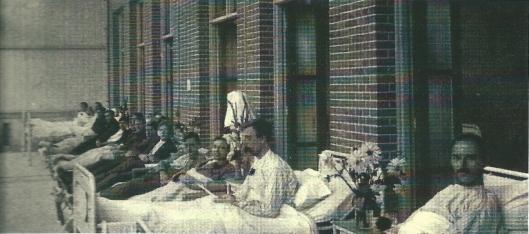 Foto van de mannenligzaal van de Mariastichting voor tbc-patiënten in 1929