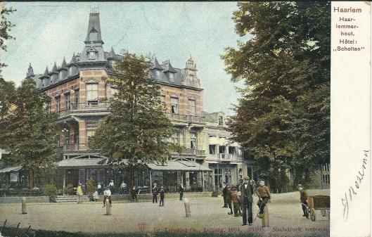 Hotel Scholten in de Haarlemmerhout op een prenbriefkaart uit begin 1900.