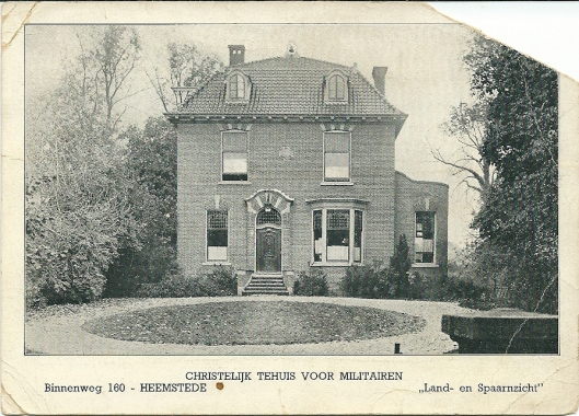 'Land- en Spaarnzicht', gebouwd voor bollenkweker Jan van den Berg. Gelegen Binnenweg 160 en afgebroken om plaats te maken voor het naoorlogse postkantoor. Omstreeks 1938 fungeerde het pand enige tijd als christelijk tehuis voor militairen tijdens de mobilisatie