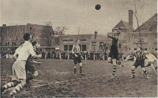 Het oude HBC-voetbalveld op Berkenrode achter de Herenweg (1935)