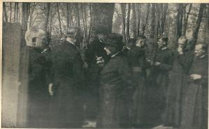 Priesters bij de viering van het 25-jarig bestaan in 1944 met auteur B.J.van Houten, pastoor Van Mierlo en o.a. de kapelaans G.J.M.ten Have, Th.B.F.Plaat en en J.A.M.van Adrichem