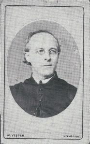 Carte de visite van pastoor H.Kerlen, gefotografeerd door W.Vester