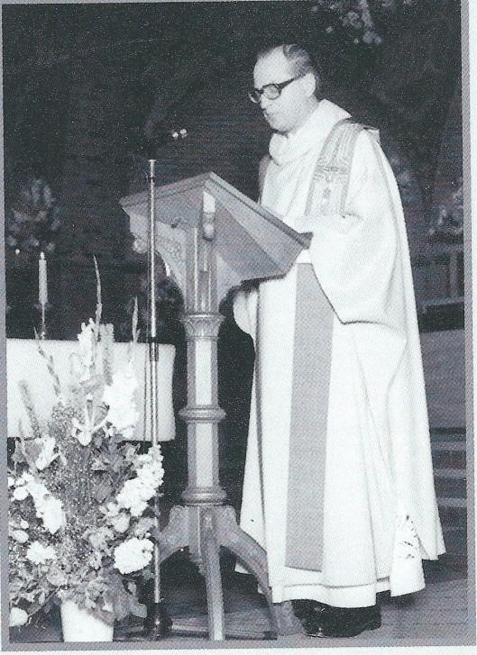 Zondag 8 juni 1980. Foto genomen bij het vijfentwintig jarig priesterfeest van pastoor L.Dijkstra