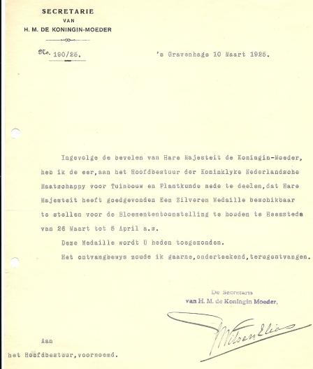 Schrijven van Witsen Elias, secretaris van H.M.de Koningin-Moeder over toekenning van een zilveren medaille