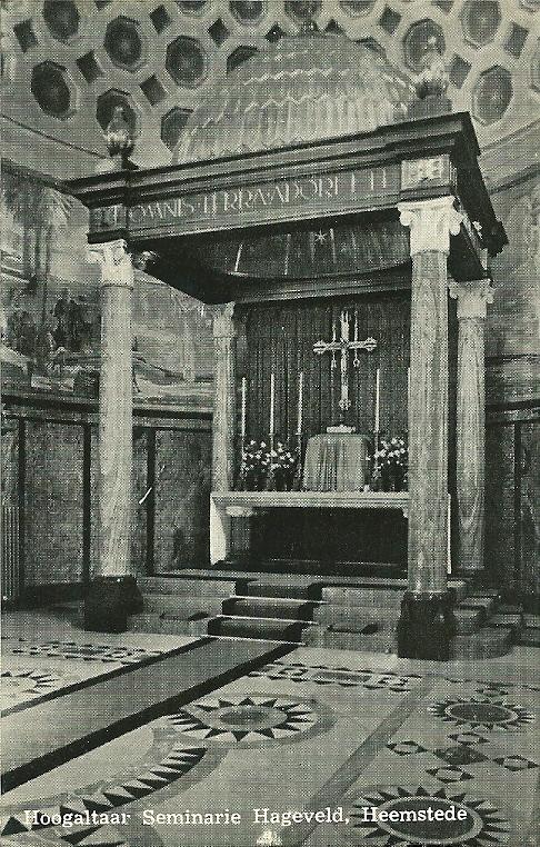Het hoogaltaar van de grote kapel van Hageveld Heemstede