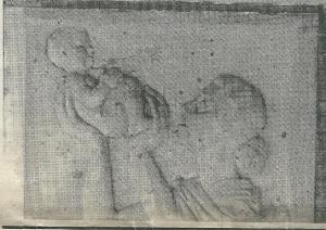 Stenen reliëf van een moeder in kind in het Gezondheidshuis Heemstede
