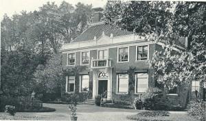 Het oude herenhuis van Meer en Bosch dat als directie- en kantoorruimte door het instituut in gebruik werd genomen.