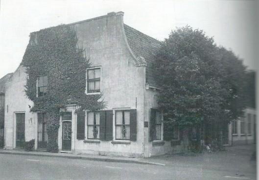 Het Oude Posthuis als woonhuis vóór de brand in 1958
