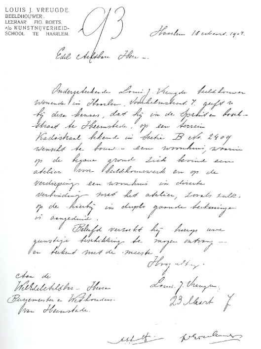 Verzoek op 18 maart 1907 van beeldhouwer Louis J.Vreugde aan het college van Burgemeester en Wethouders om in de Spruitenbosstraat  op de benedenverdieping van een woonhuis zijn atelier te vestigen.