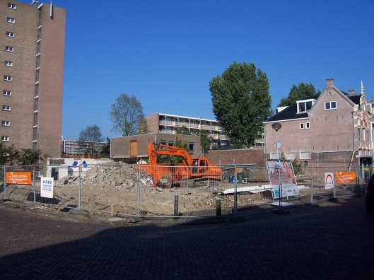 Sloop garagebedrijf Raadhuisstraat 15-23 (foto Cees Peper)