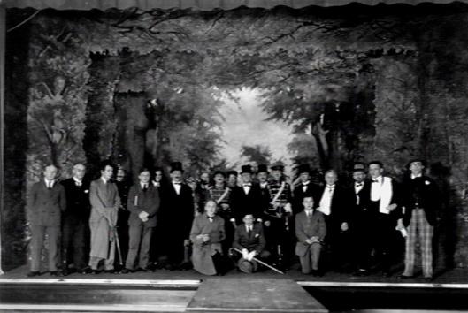 Hageveld: opvoering van het blijspel 'Een katholiek leven', 1928