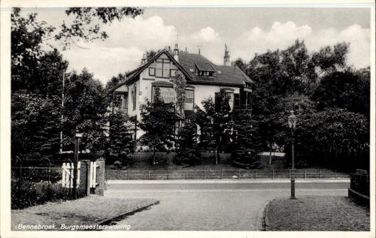 Villa Bosch en Duinzicht, in 1926 verbouwd in opdracht van bewoner burgemeester K.J.G.baron van Hardenbroek.