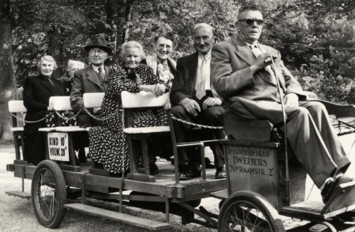 Ponytracki van J.Weijers uit haarle in Groenendaal, 1948 (foto A.van Meerendonk)