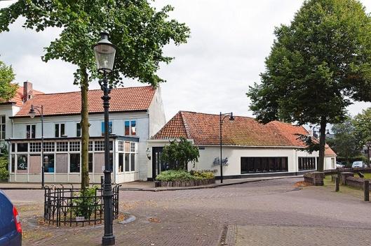 Wilhelminaplein, het oude dorpsplein in Heemstede