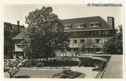Zusterhuis Diaconessenhuis Haarlem (postcardsfrom)