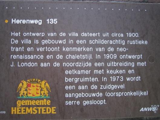 Stella Duce Heemstede op monumentenbordje van de ANWB