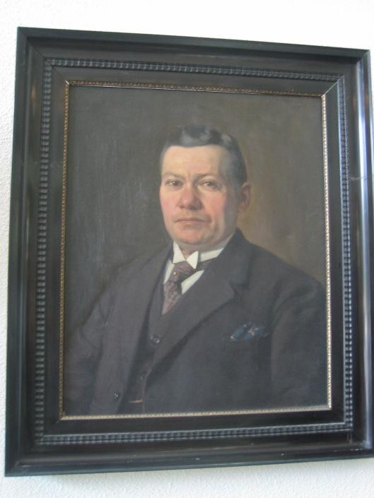 Geschilderd portret van gemeentesecretaris A.Swolfs