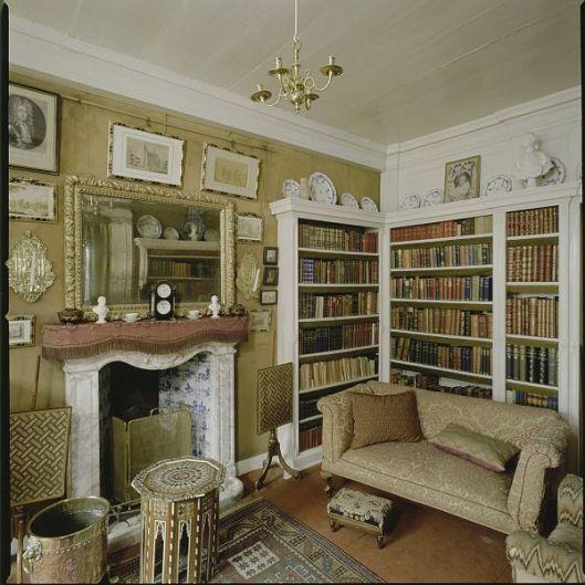 De kleine bibliotheek in kasteel Amerongen