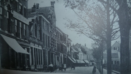 Nog een oude foto van leesbibliotheek aan de Kanaalweg in Den Helder