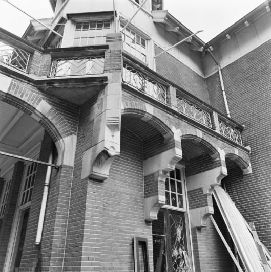 Detail van achterzijde Eikenrode (foto G.J.Dekker, 1990)