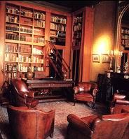 Interieur van bibliotheek inGeelvinck Hinlopen Huis