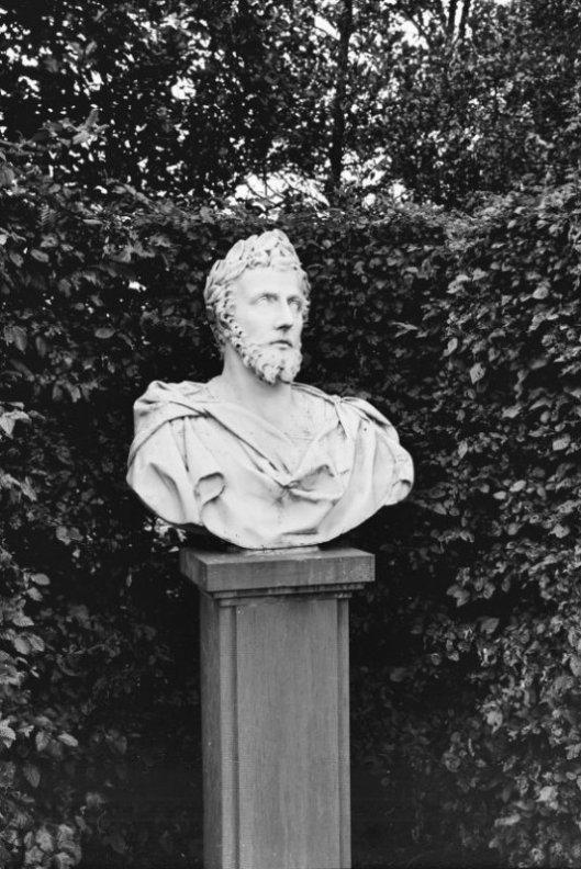 Keizersbeeld afkomstig van Meer en Berg (Oostermeer, foto G.J.Dukker)