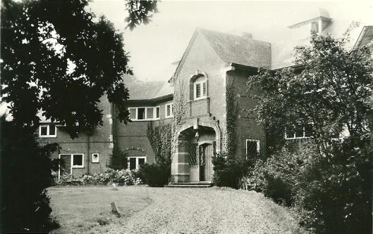 Een foto uit omstreeks 1950 van Hertenduin, ontworpen door H.C.Berchtenbreiter