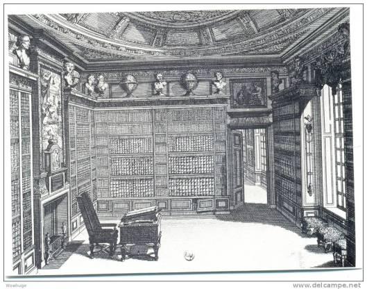 Bibliotheek 't Loo, Apeldoorn, op een ets door ontwerper Daniël Marot (1661-1752). Naast het benster een barometer, zeer verwant met het exemplaar dat er thans hangt