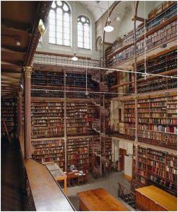 Door Pierre Cuypers ontworpen bibliotheek van het Rijksmuseum welke in oude luister wordt hersteld