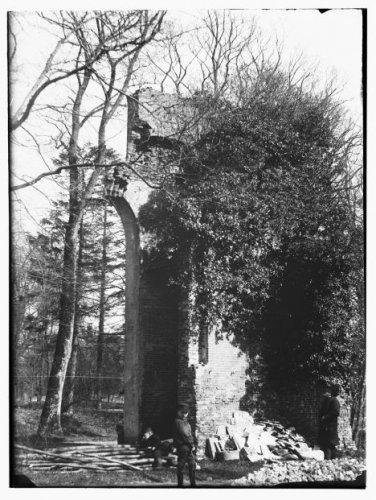 Ruïne van Meer en Berg, foto van Jacob Olie uit 1893 (Stadsarchief Amsterdam)
