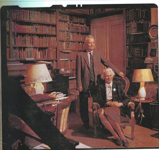 De bibliotheek van Otto W.A.baron van Verschuer. Een bibliothecaris heeft in alle rust 17 jaar aan de catalogus kunnen werken die in 2000 gereed kwam (Elsevier, april 2000)